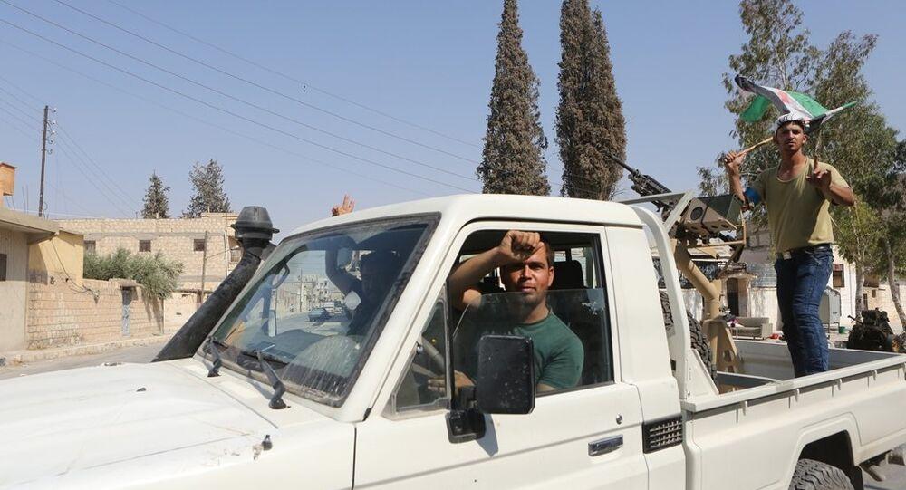 Özgür Suriye Ordusu (ÖSO)  militanları