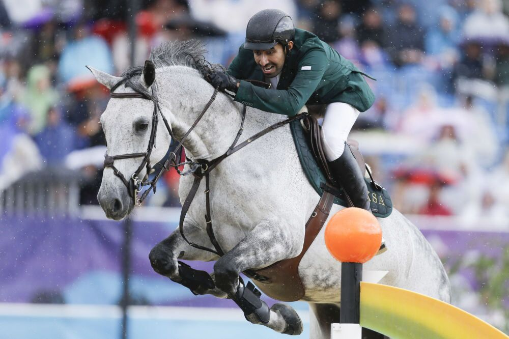 Suudi Arabistan Kralı Abdullah, Yaz Olimpiyatları sırasında gerçekleştirilen bir gösteride Davos isimi atıyla.
