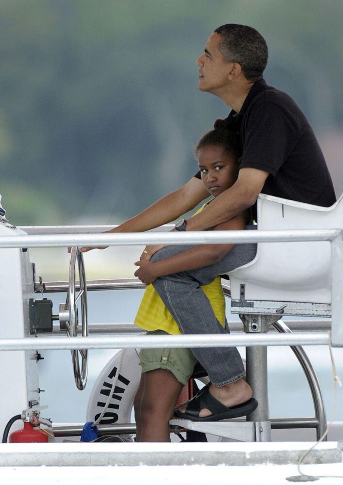 ABD Başkanı Barack Obama tekne gezintisinde.