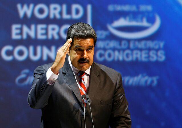 Venezüella Devlet Başkanı Maduro da açılış oturumunda bir konuşma yaptı.