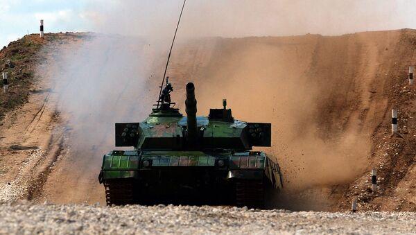 Çin tankları - Sputnik Türkiye