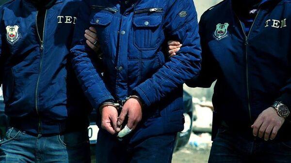 Polis-gözaltı-tutuklama-yakalama - Sputnik Türkiye