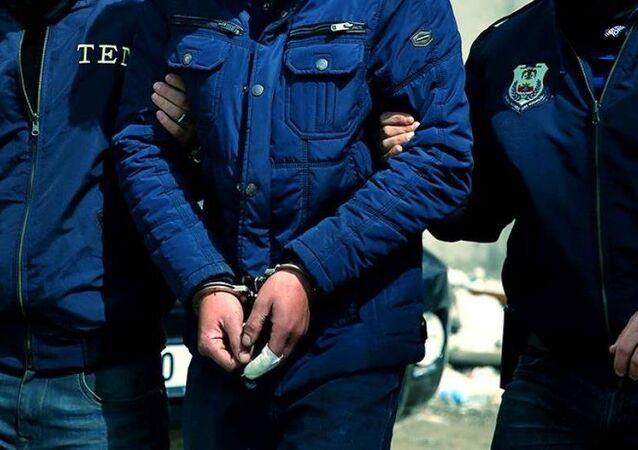 Polis-gözaltı-tutuklama-yakalama