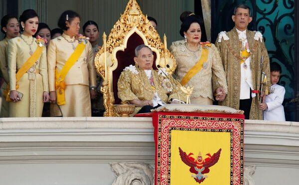 Tayland Kralı Bhumibol Adulyadej - Sputnik Türkiye