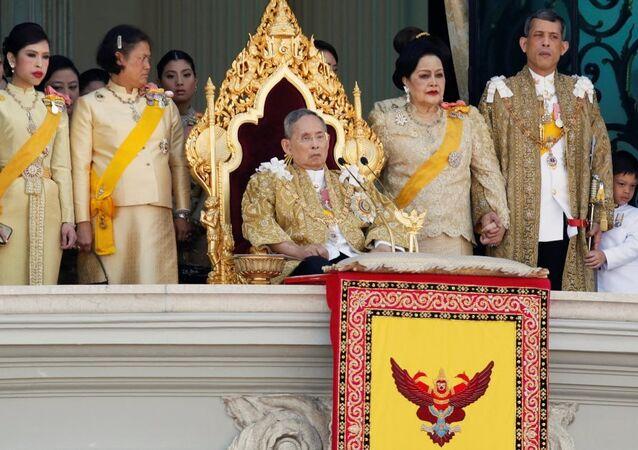Tayland Kralı Bhumibol Adulyadej