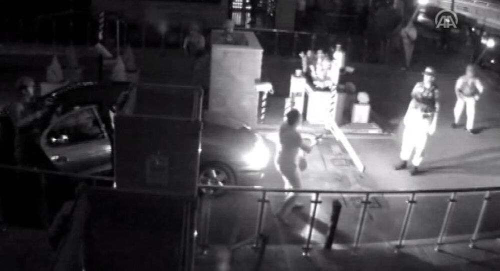 Genelkurmay Karargahı'ndaki çatışma anları güvenli kamerasında