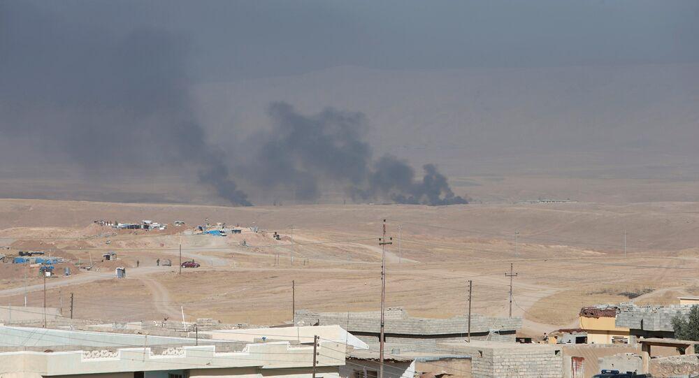 Musul operasyonu başlamasının ardından bölgeden dumanlar yükseliyor.