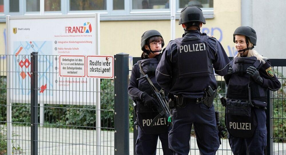 Almanya okullar silahlı saldırı tehdidi