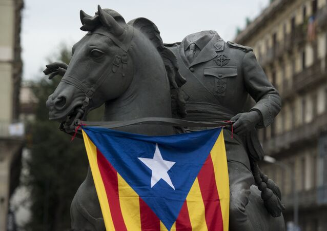 'Başsız Franco' heykeli