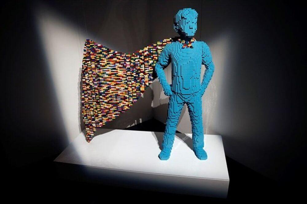 Lego'dan yapılmış süper kahramanlar