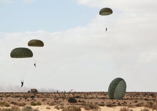 Rus hava indirme güçleri ilk kez Mısır'da