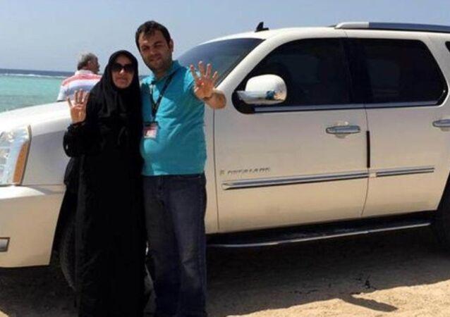 Burdur'da, FETÖ'ye yönelik soruşturma kapsamında Bucak Belediye Başkanı Süleyman Mutlu ve eşi gözaltına alındı.