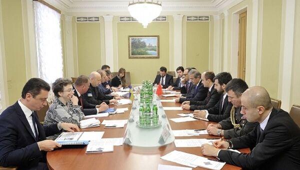 Ukrayna ile Türkiye arasında ortak askeri araç görüşmeleri - Sputnik Türkiye