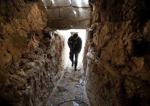 IŞİD'in manastır tüneli