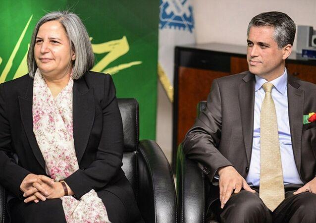 Diyarbakır Büyükşehir Belediyesi eş başkanları Gülten Kışanak ile Fırat Anlı