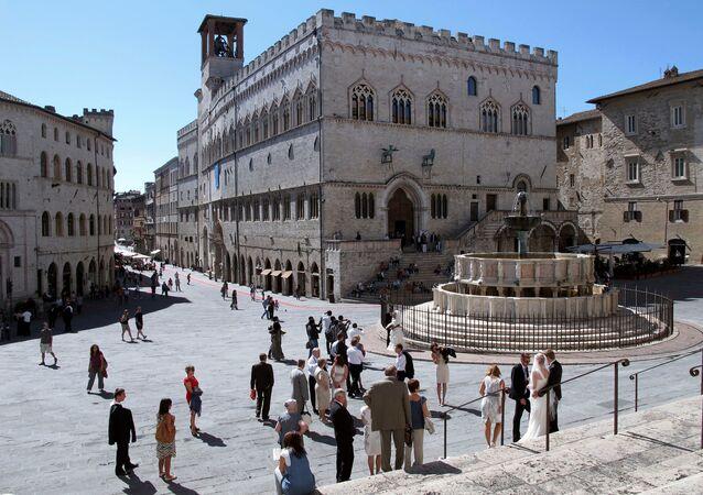 Perugia'da yer alan Priori Palace ve Maggiore çeşmesi