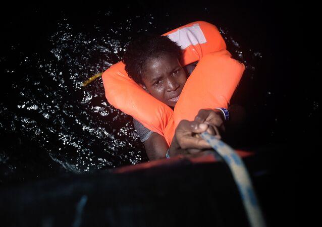 İtalya sığınmacı / göçmen