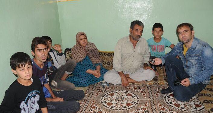 45 yaşındaki Cuma Faris adlı köylü ise çatışmalar esnasında 3 havan topunun evine düştüğünü anlattı.