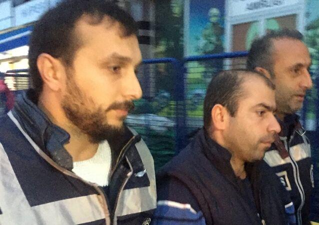 Abdullah Çakıroğlu gözaltına alındı.