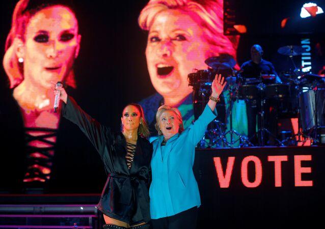 Hillary Clinton - Jennifer Lopez