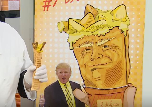 Rusya'daki dürümcüden çağrı: Hillary'i yala, Trump'ı tat