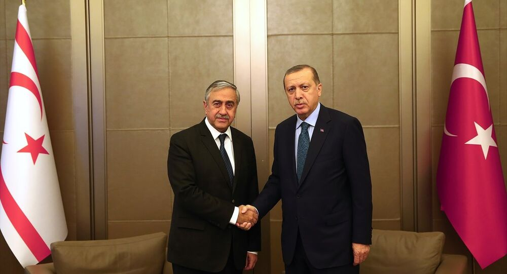 Erdoğan ve Akıncı Tarabya Köşkü'nde görüştü
