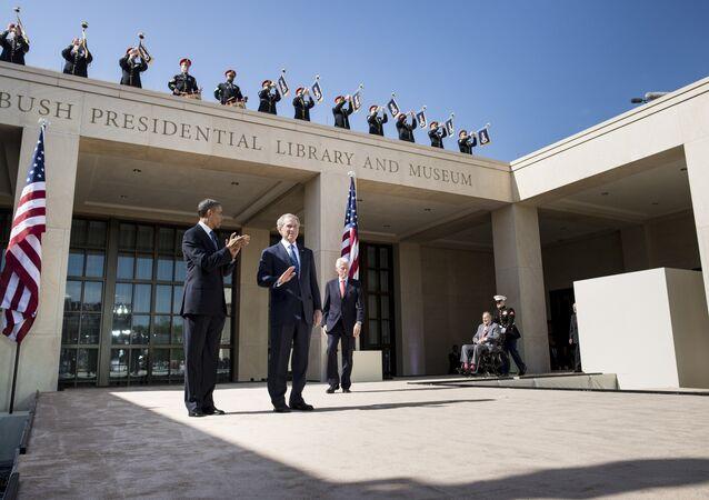 ABD Başkanı Barack Obama- Eski ABD başkanları Bill Clinton- George W. Bush