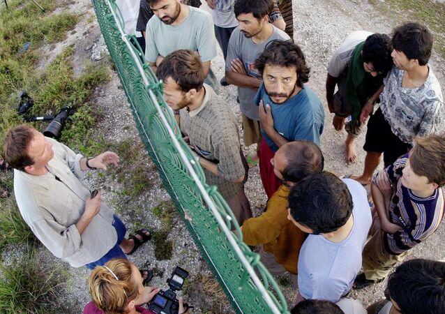 Nauru Adası - Gözaltı merkezi