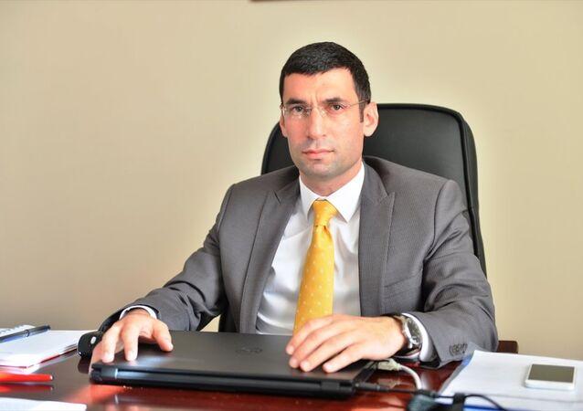 Mardin'in Derik Belediye Başkanlığı'na görevlendirilen Kaymakam Muhammet Fatih Safitürk