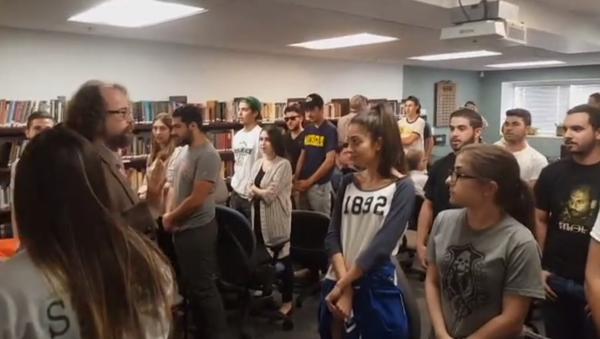 Ermeni öğrenciler, ABD üniversitesindeki Atatürk sunumunu engelledi - Sputnik Türkiye