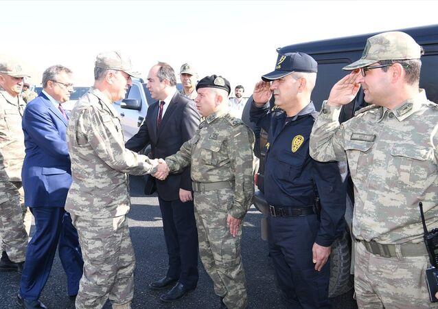 Genelkurmay Başkanı Orgeneral Hulusi Akar, Şırnak ve Cizre'yi teftiş etti