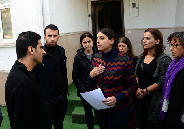 HDP'li Uca,  KJA'nın mühürlenmesine tepki gösterdi.