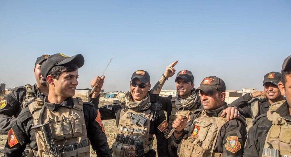 Irak ordusu, Musul'da stratejik bir mahalleyi IŞİD'den geri aldı.