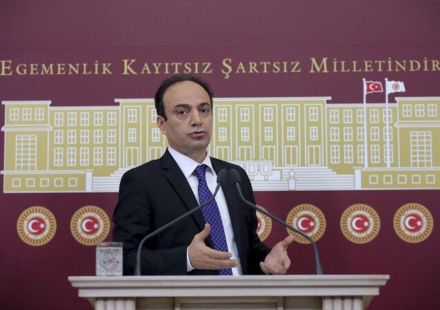 HDP Şanlıurfa Milletvekili Osman Baydemir TBMM'de basın toplantısı düzenledi.