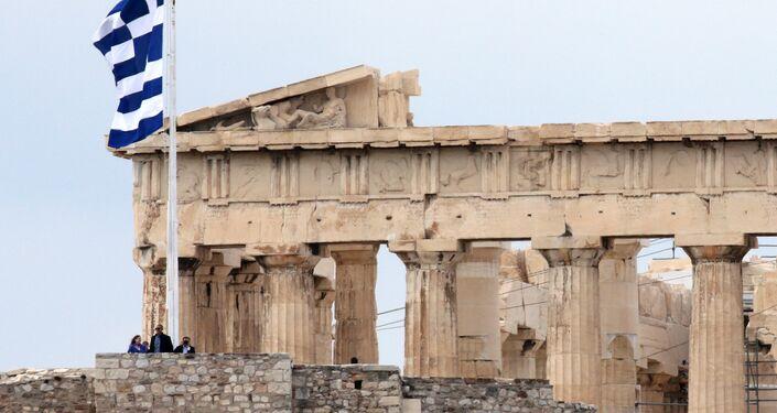 Banou, Obama'ya Partenon Tapınağı hakında bilgi verdi.