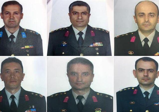 FETÖ firari komutanların fotoğrafları