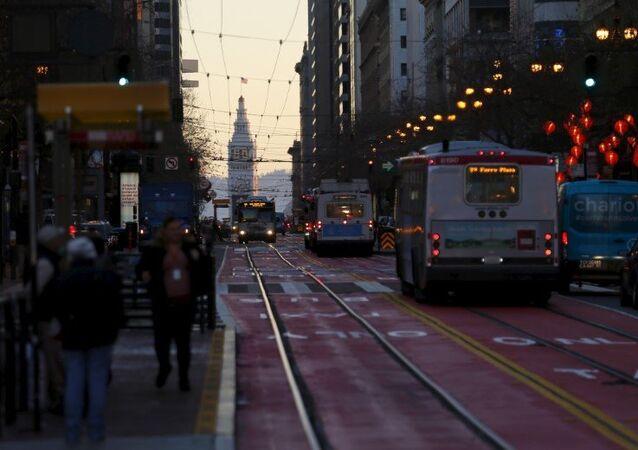 Kaliforniya eyaletindeki San Francisco kentinden bir sokak manzarası