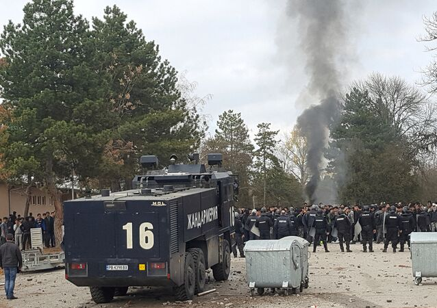 Bulgaristan'daki Harmanlı kampında polisle sığınmacılar çatıştı