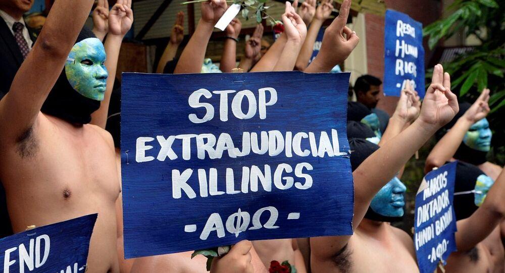 Filipinler'de 'Diktatör Marcos' protestosu