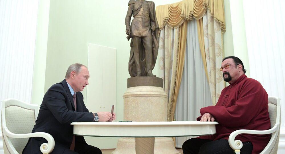 Rusya Devlet Başkanı Vladimir Putin ve oyuncu Steven Seagal