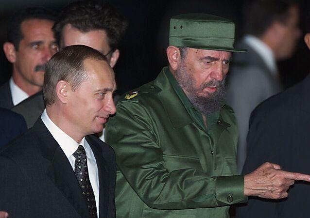 Putin ve Fidel Castro 2000 yılında Havana'da