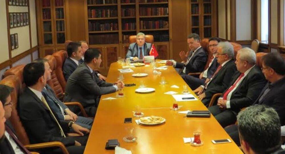 Türkiye'nin Moskova Büyükelçisi Türk işadamlarıyla bir araya geldi