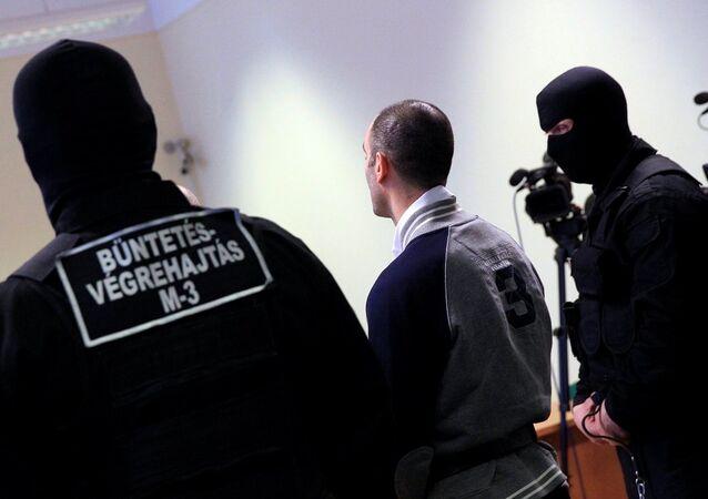 Macaristan'ın Szeged kentinde yargılanan Suriyeli sığınmacı Ahmed Hamid'e 10 yıl hapis cezası verildi