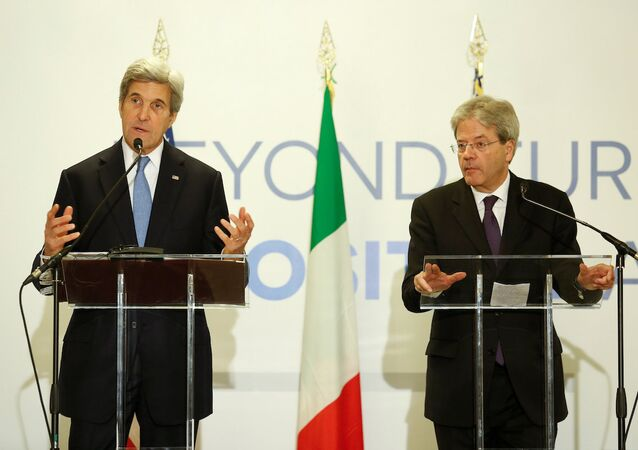 ABD Dışişleri Bakanı John Kerry ve İtalyan mevkidaşı Paolo Gentiloni
