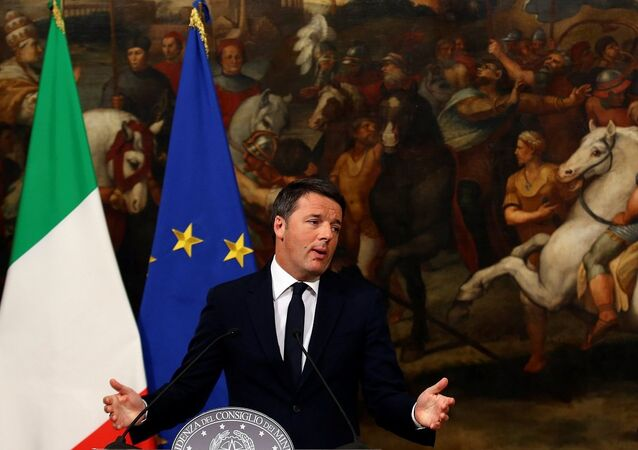 İalya Başbakanı Matteo Renzi, başbakanlık sarayı Chigi'de düzenlediği basın toplantısında istifa edeceğini duyurdu