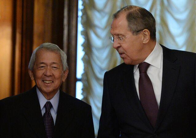 Rusya Dışişleri Bakanı Sergey Lavrov- Filipinler Dışişleri Bakanı Perfecto Yasay