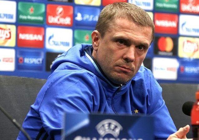 Dinamo Kiev'in teknik direktörü Serhiy Rebrov