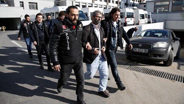 FETÖ'nün akademik yapılanma soruşturmasında tutuklama - Sputnik Türkiye