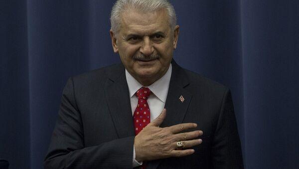Başbakan Binali Yıldırım, resmi temaslarda bulunmak üzere geldiği Rusya'da, Moskova Devlet Diplomasi Enstitüsü'nde konuşma yaptı. - Sputnik Türkiye