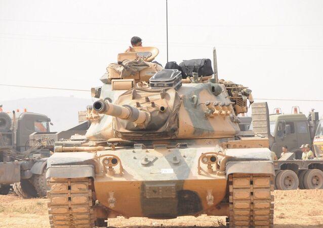 Cerablus'ta Fırat Kalkanı operasyonuna katılan Türk askerlerinden biri